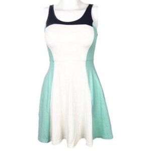 Express | XS | Green Color Block Dress E42